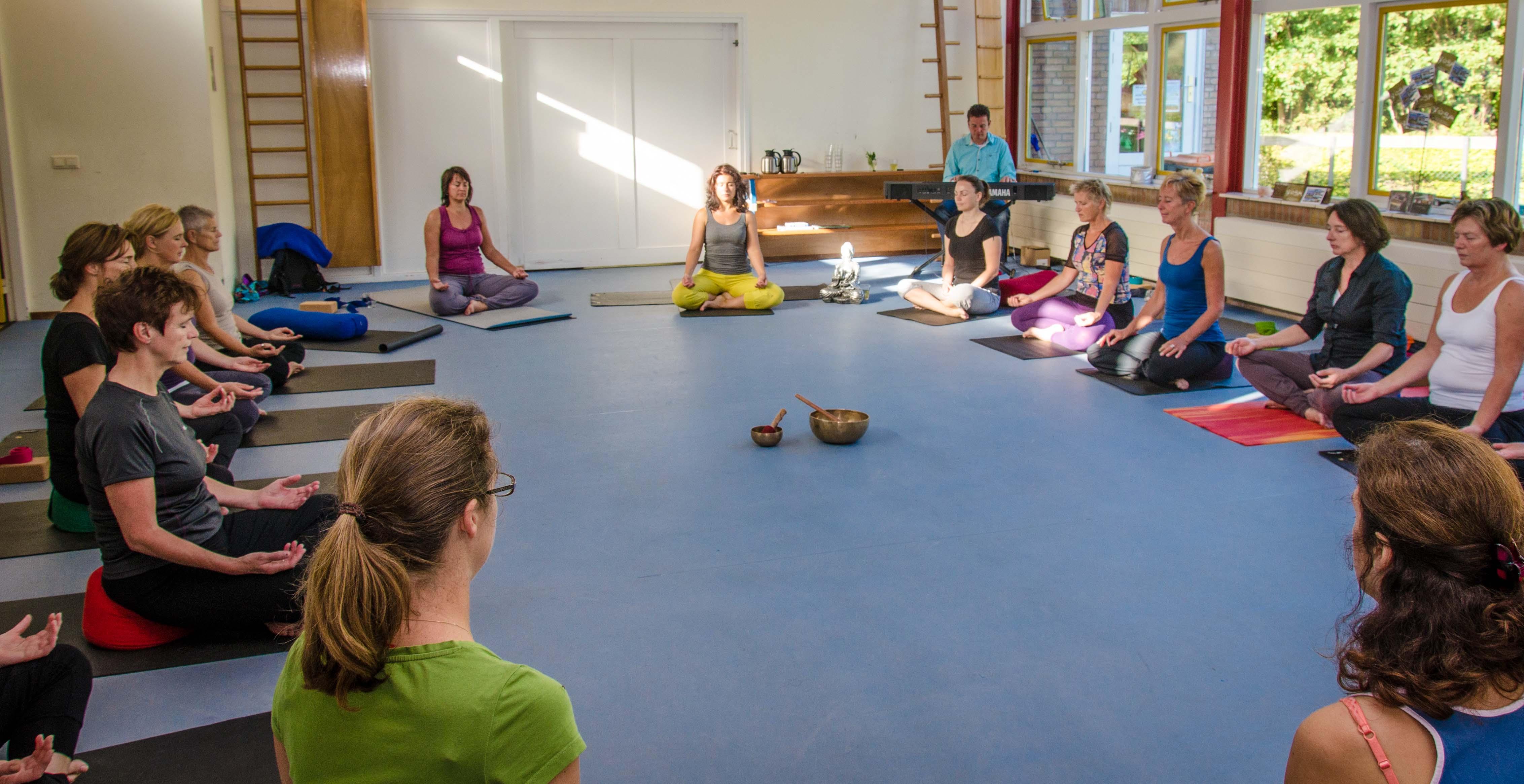 Oorstrelende Yoga